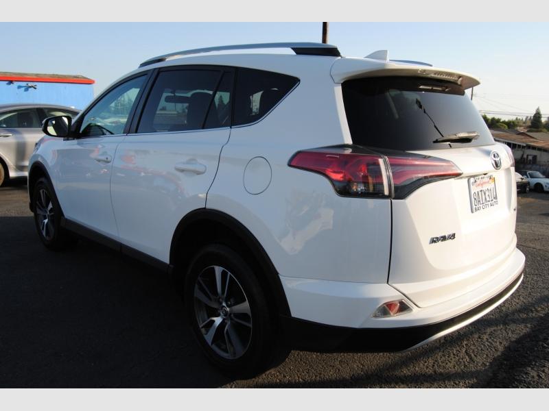 Toyota RAV4 2016 price $12,888