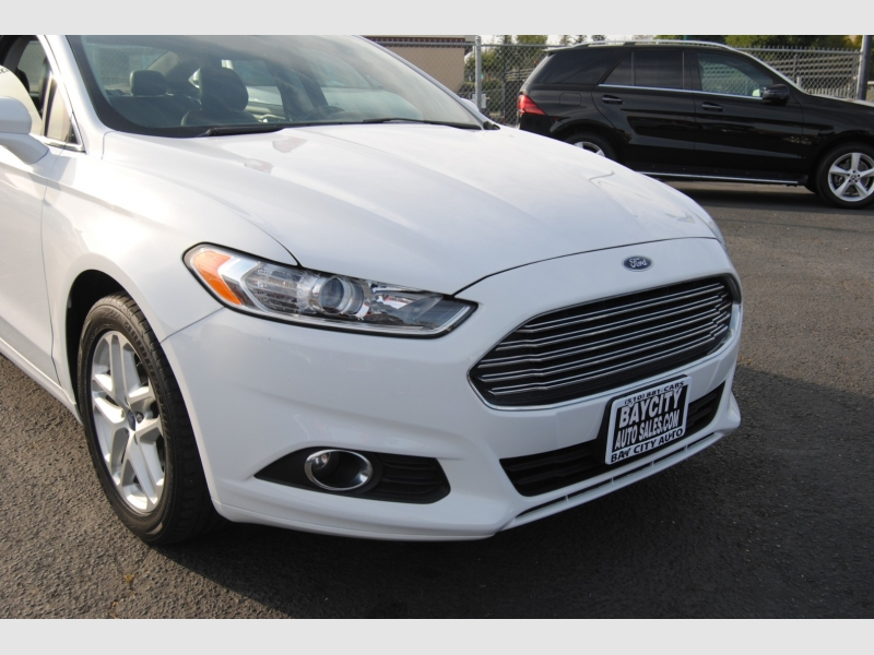 Ford Fusion 2013 price $10,288