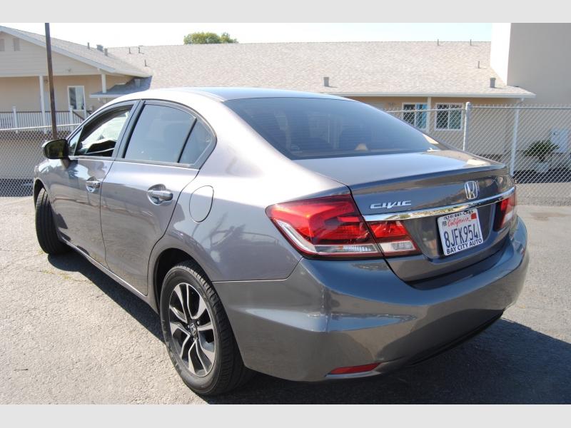 Honda Civic Sedan 2015 price $10,777