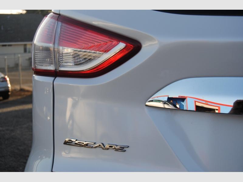 Ford Escape 2014 price $14,588