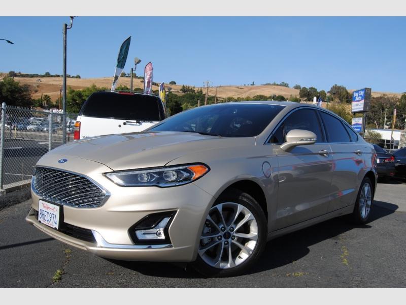 Ford Fusion Energi 2019 price $22,495