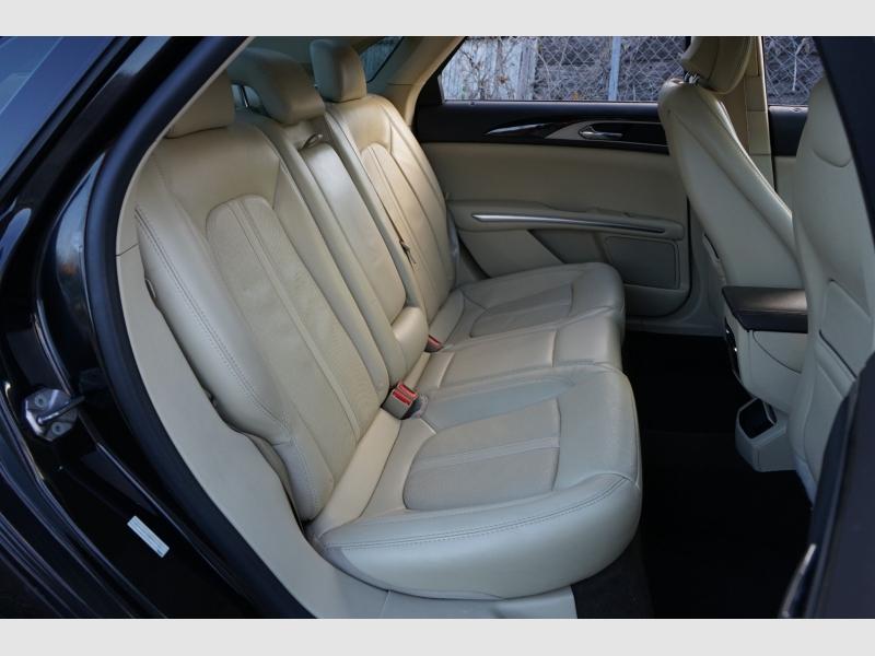Lincoln MKZ 2013 price $13,877