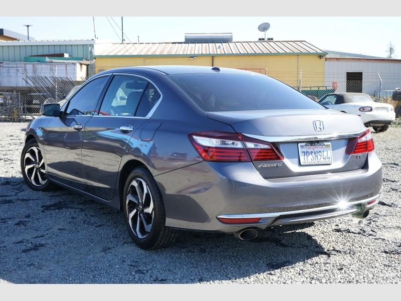 Honda Accord Sedan 2016 price $17,888