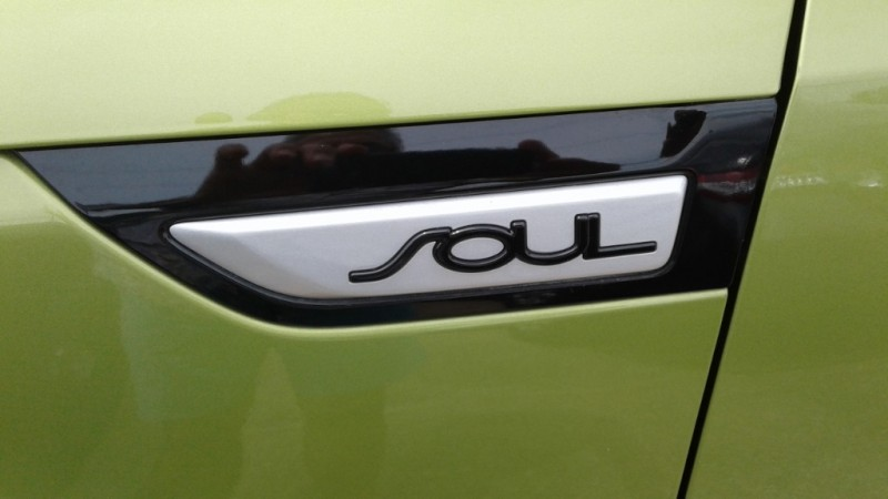 Kia Soul 2017 price $9,995
