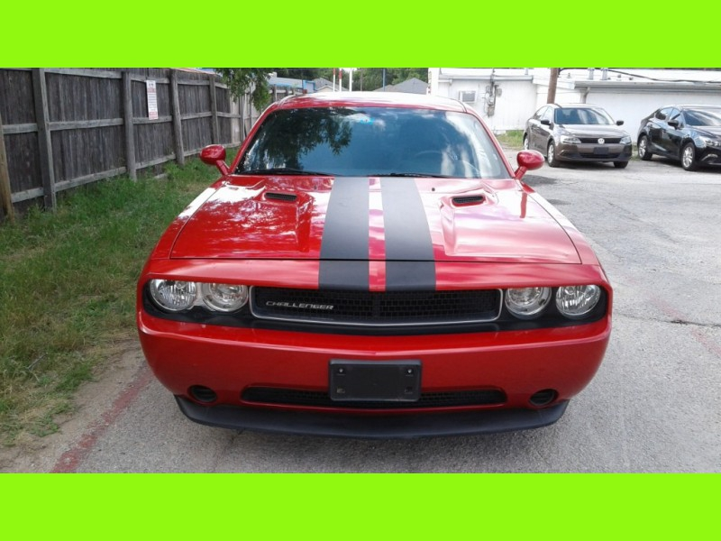 Dodge CHALLENGER 2012 price $10,995