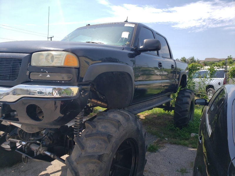 GMC NEW SIERRA 2005 price call for price