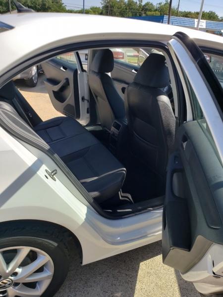 Volkswagen JETTA 2012 price $5,999