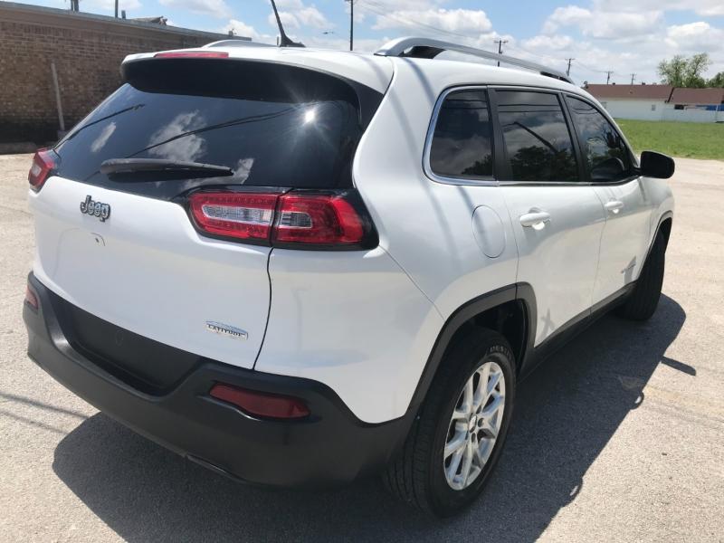 Jeep Cherokee 2015 price $15,500