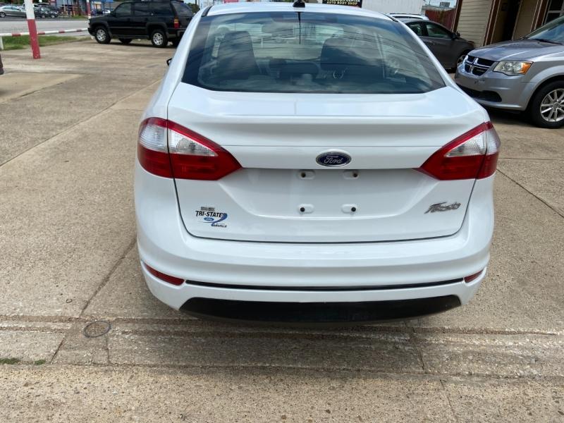 Ford Fiesta 2017 price $8,995