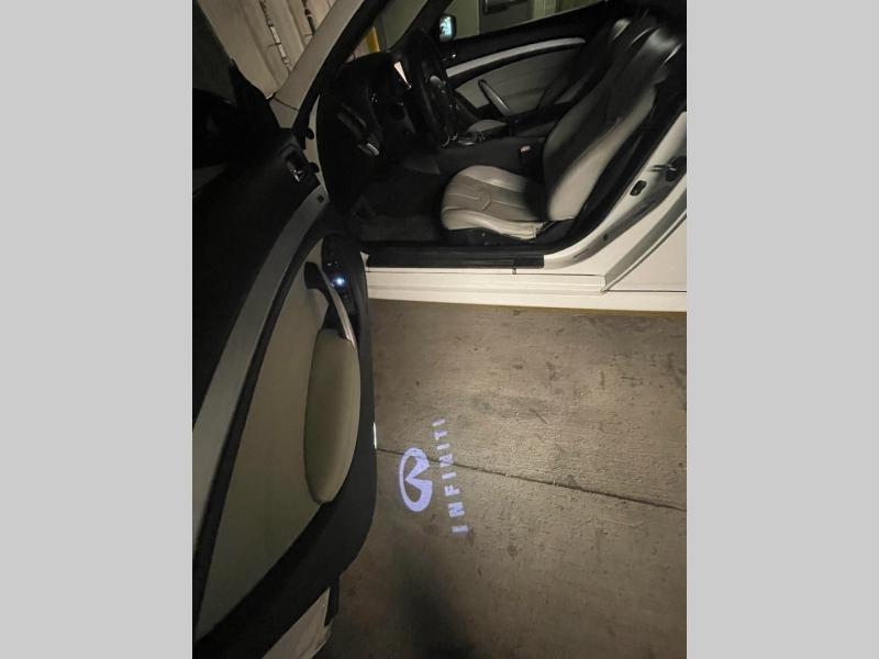 Infiniti G37 Convertible 2011 price $7,000