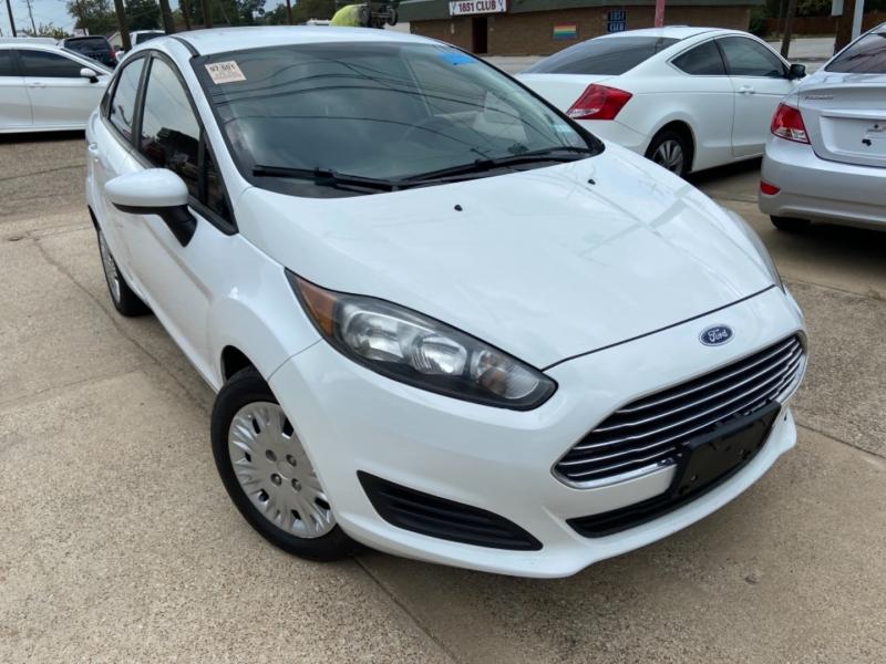 Ford Fiesta 2016 price $8,500