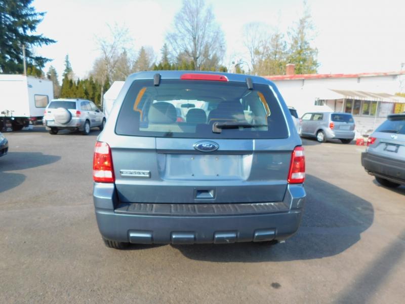 Ford Escape 2010 price $4,995