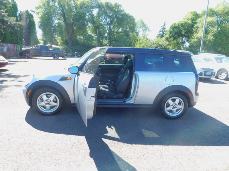Mini Cooper Clubman 2009 price $5,995