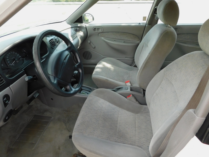 Ford Escort 1997 price $1,995
