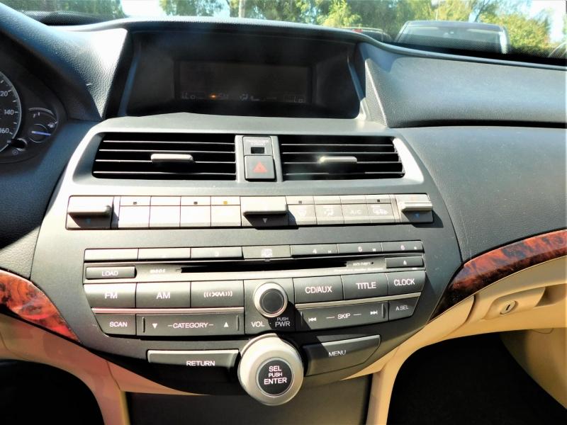 Honda Accord Crosstour 2010 price $10,995