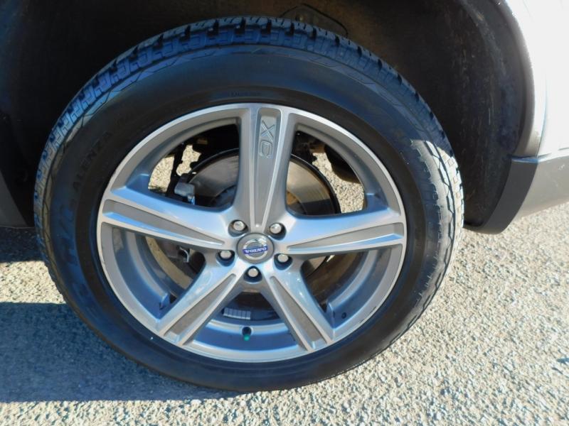 Volvo XC 90 2011 price $9,995