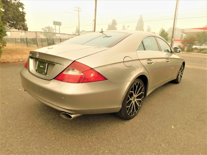 Mercedes-Benz CLS500 2006 price $10,495