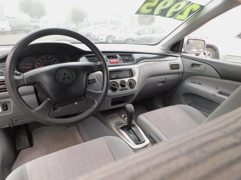 Mitsubishi Lancer 2005 price $2,995