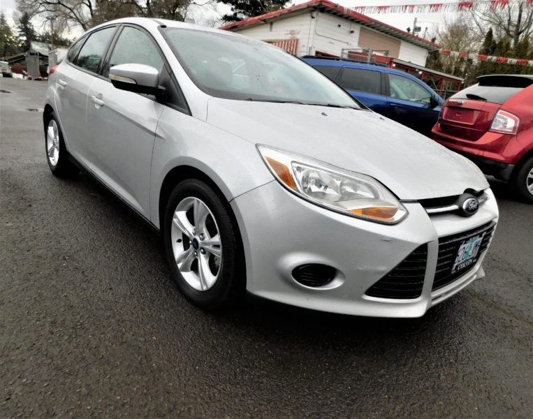 Ford Focus 2013 price $7,495