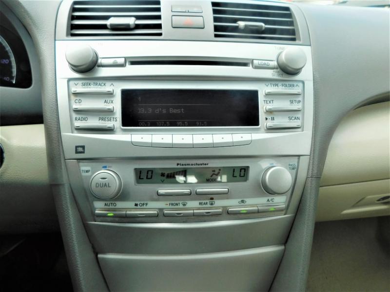 Toyota Camry Hybrid 2010 price $6,995