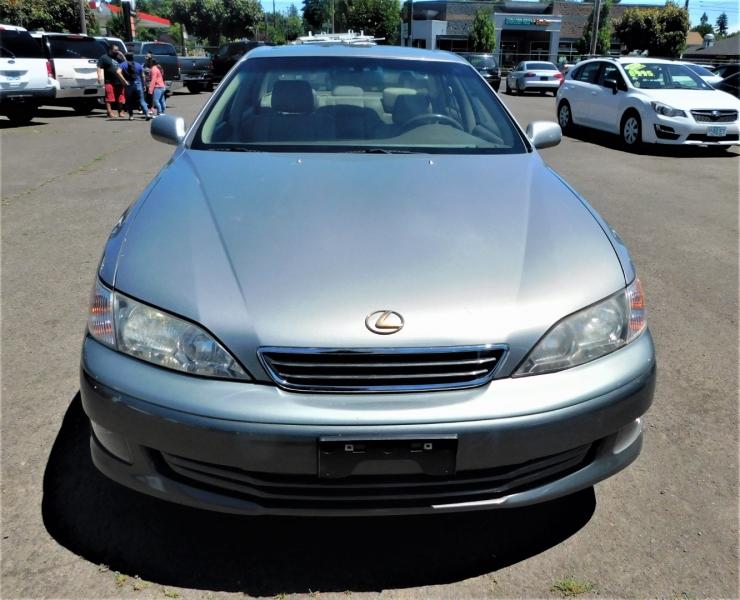 Lexus ES 300 2000 price $6,995