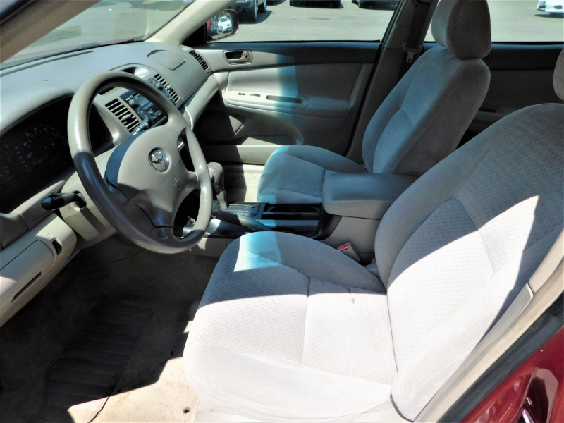 Toyota Camry 2002 price $2,500