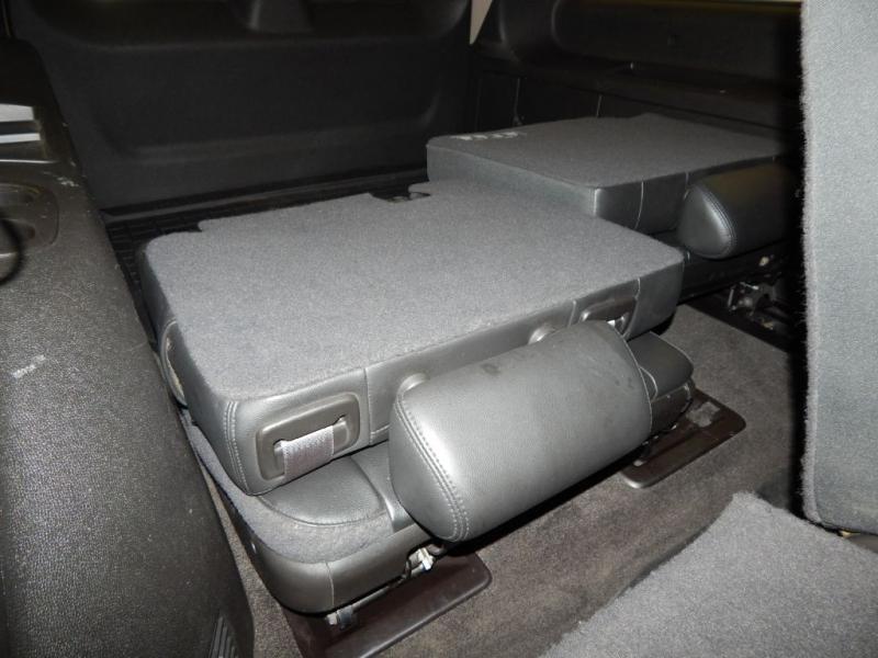 CHEVROLET SUBURBAN 2013 price $17,999