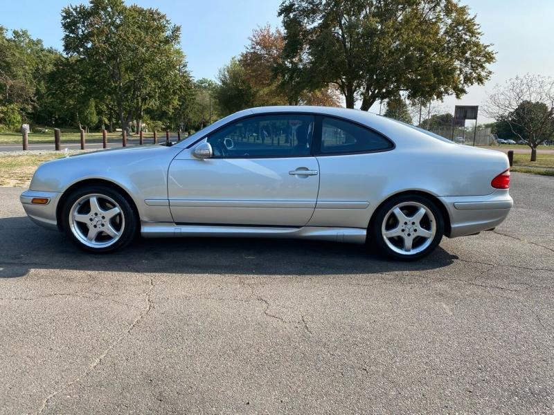 Mercedes-Benz CLK 2002 price $5,995