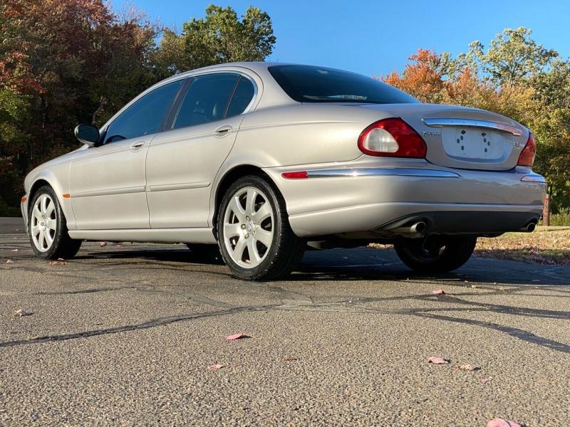 Jaguar X-Type 2005 price $5,995