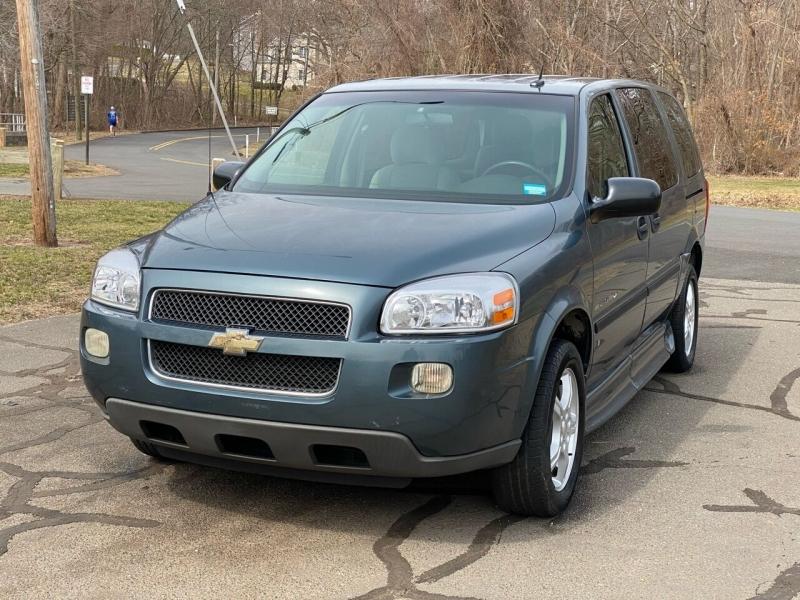 Chevrolet Uplander 2007 price $16,000