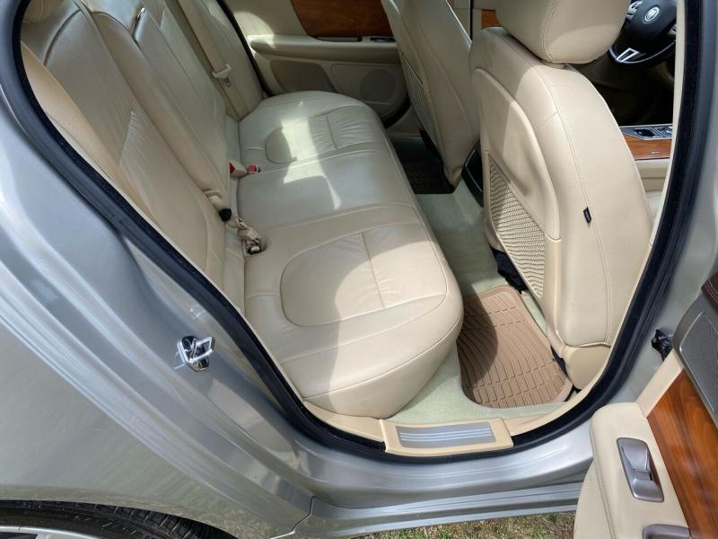 Jaguar XF 2010 price $9,995