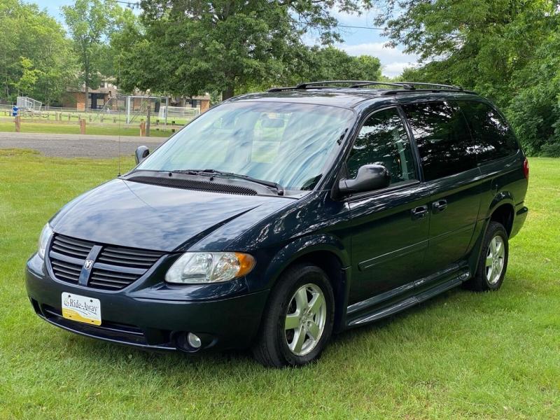 Dodge Grand Caravan 2007 price $10,995