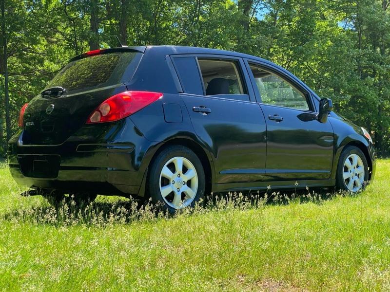 Nissan Versa 2007 price $2,850