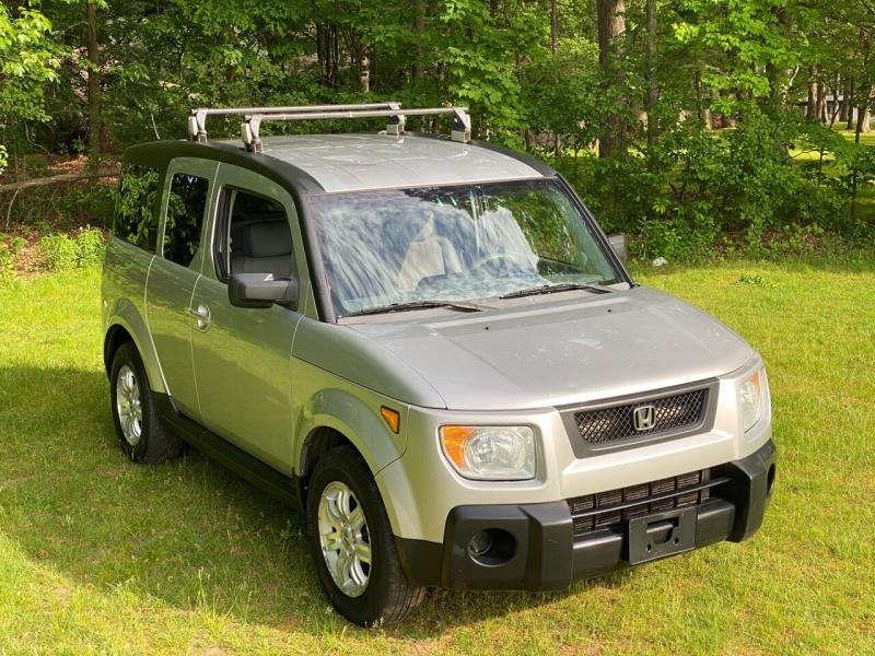 Honda Element 2006 price $3,450