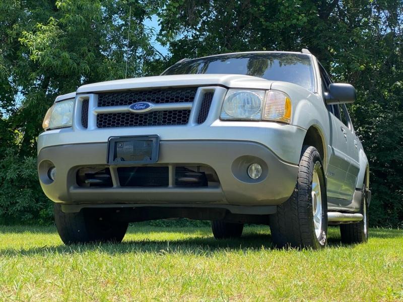 Ford Explorer Sport Trac 2002 price $4,450