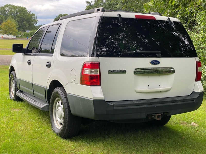 Ford Expedition 2011 price $10,995