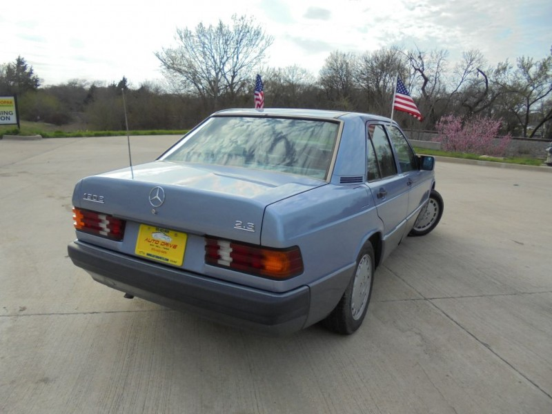 MERCEDES-BENZ 190 1991 price $4,988