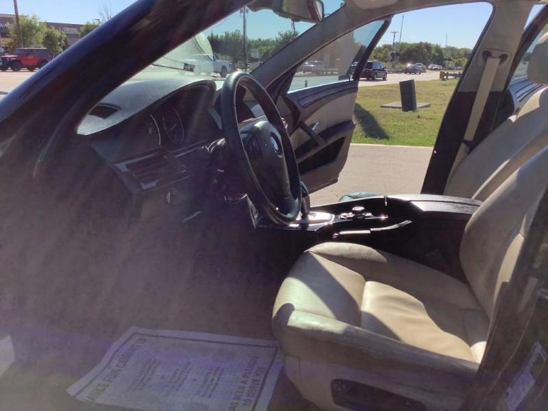 BMW 528 2010 price $8,899