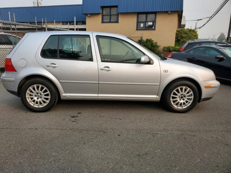 Volkswagen Golf 2003 price $3,888