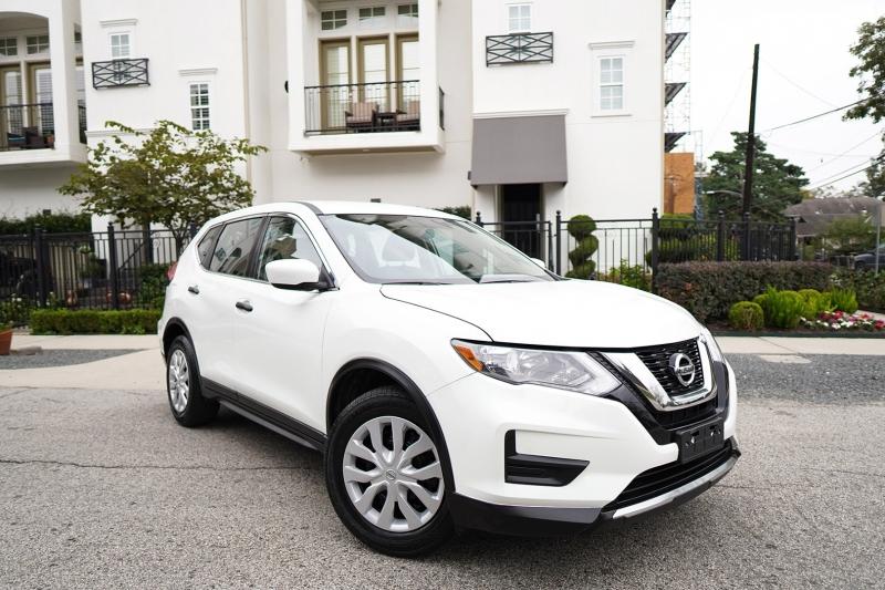 Nissan Rogue 2017 price $15,999