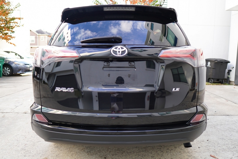 Toyota RAV4 2016 price $17,300