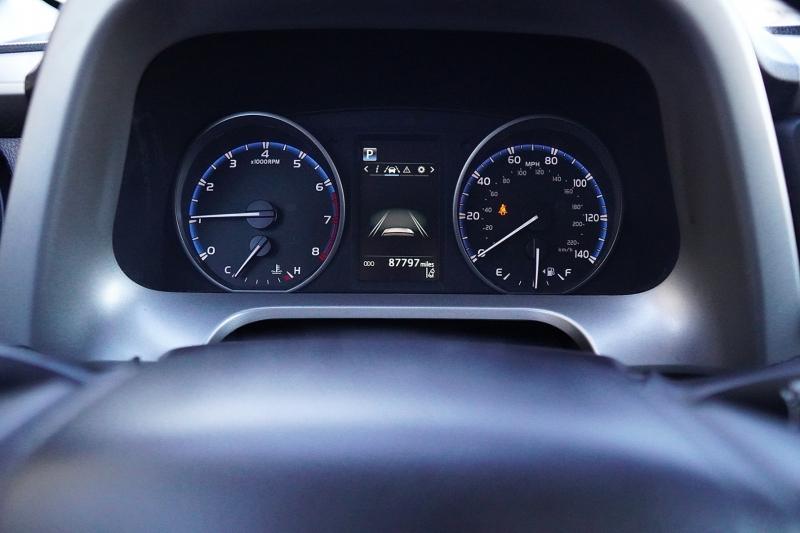 Toyota RAV4 2018 price $17,175