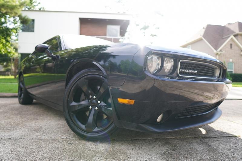 Dodge Challenger 2013 price $18,200