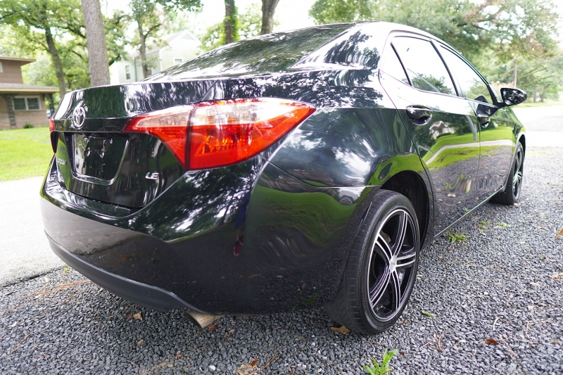 Toyota Corolla 2017 price $15,999