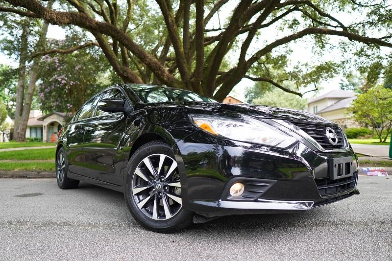 Nissan Altima 2016 price $17,650