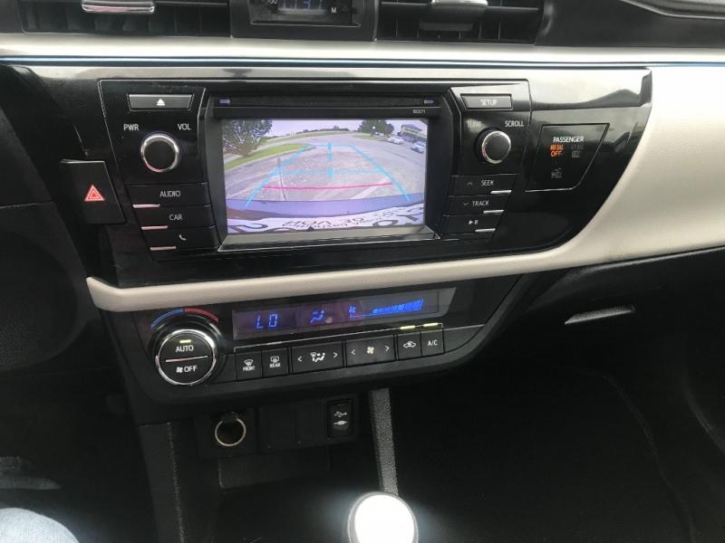 Toyota Corolla 2016 price $8,900