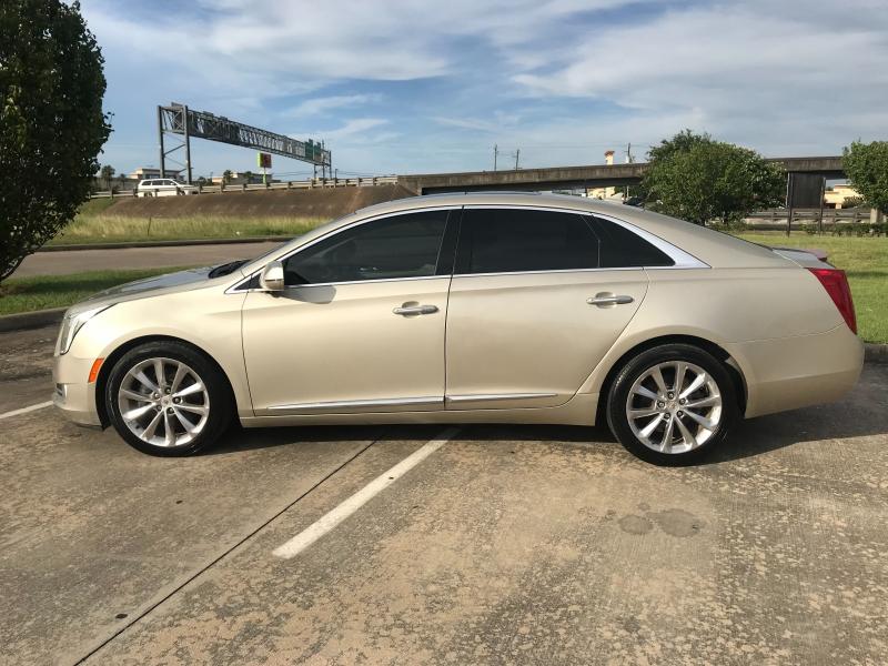 Cadillac XTS 2014 price $12,900