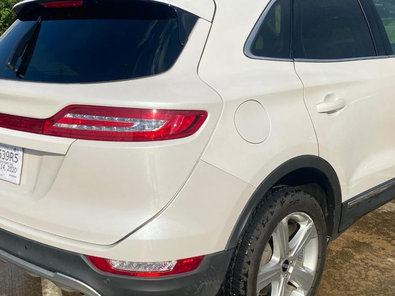 Lincoln MKC 2018 price $17,900