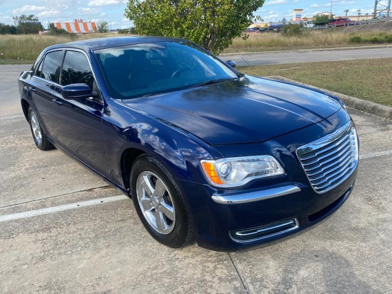 Chrysler 300 2014 price $13,900 Cash