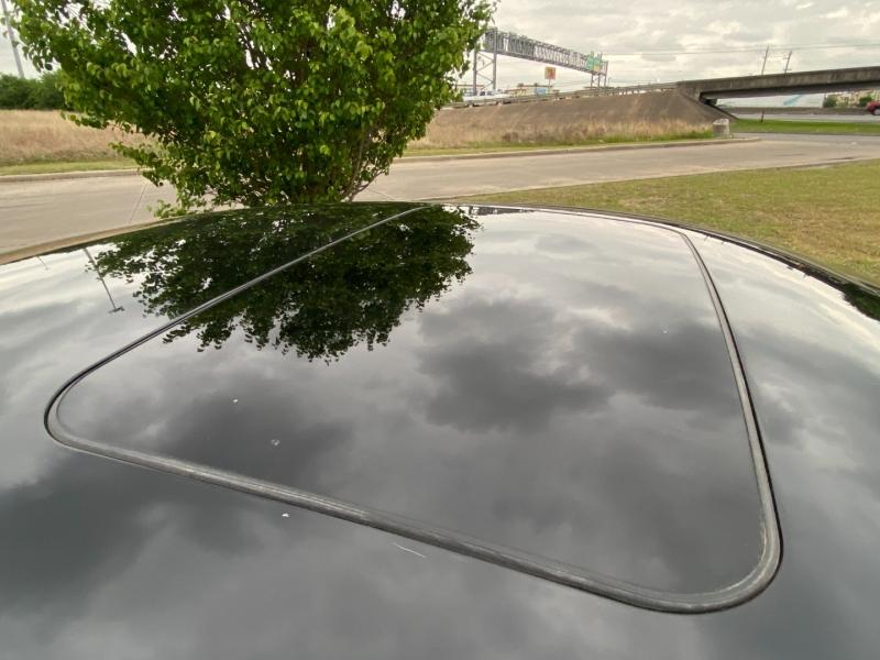 Lincoln MKZ 2016 price $14,900